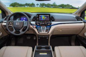 Хонда Одиссей 2019 интерьер