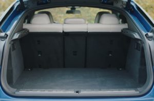 БМВ Х6 2020 багажник