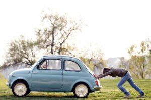 Машина не заводится: причины