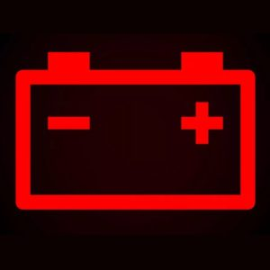 Значок аккумулятора на панели приборов