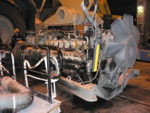 БелАЗ-75710 двигатель