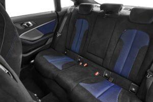 БМВ 2 серии 2021 задние сиденья